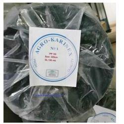 Agrowłóknina ściółkująca PP 50 g/m2 czarna 3,2 x 100 mb. Rolka złożona na 160 cm i wadze 17,3 kg.
