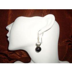 K-00011 Kolczyki ze szklanych czarnych perełek, z metalowym koralikiem rabat 25%