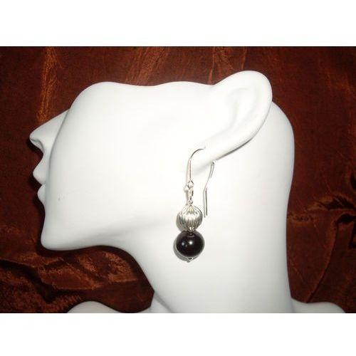 Kolczyki, K-00011 Kolczyki ze szklanych czarnych perełek, z metalowym koralikiem