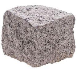 Kostka granitowa 4/6 x 4/6 x 4/6 cm nieregularna