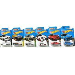 ZESTAW Hot Wheels CR Resoraki Seria z USA