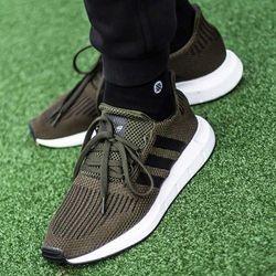 Adidas Swift Run (CG6167)