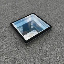 Okno do płaskiego dachu Fakro DEG P2 80x80 (5901827419745)